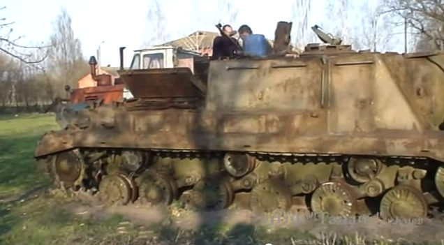 """Как мужики Зверобоя"""" (ИСУ-152) оживили.Мнооооого лет стоявший в Черниговской области."""