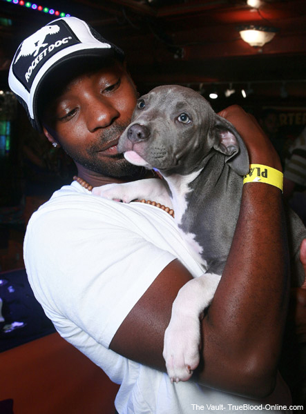 Nelsan Ellis and a dog 3