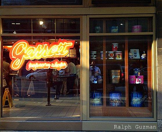 Garrett Popcorn Shops, Chicago - RatedRalph.com