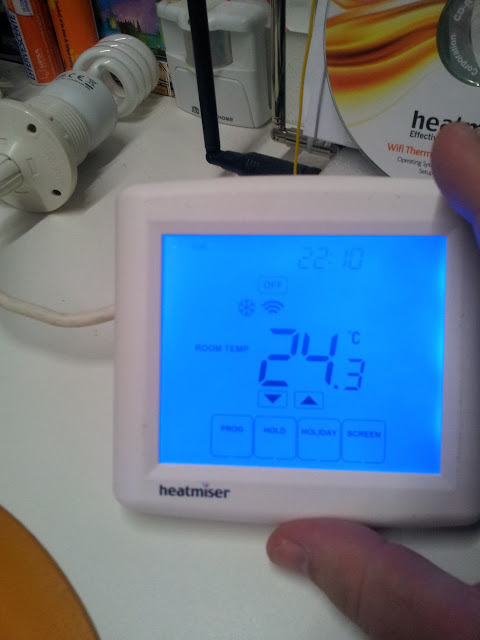 test thermostat wifi heatmiser. Black Bedroom Furniture Sets. Home Design Ideas