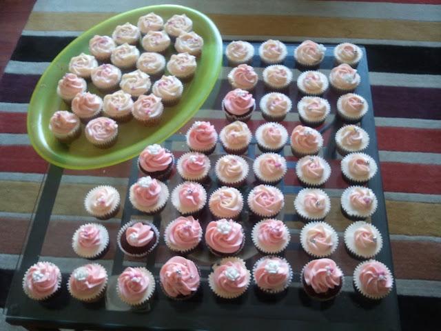 Cupcakes  الكعك ((فقط من أمواج )) صور  2011-06-04%25252018.15.46