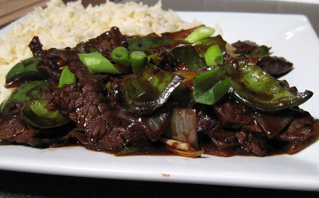 Glug of Oil : Beef in Black Bean Sauce with Green Peppers