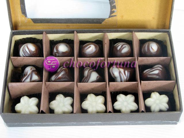 Cokelat coklat Praline Isi sekat 15
