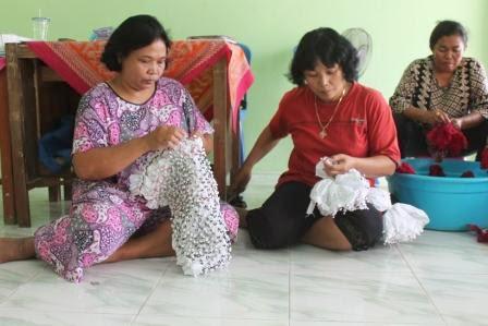 Paguyuban batik jumput Desa Kebon, kecamatan Paron, Ngawi
