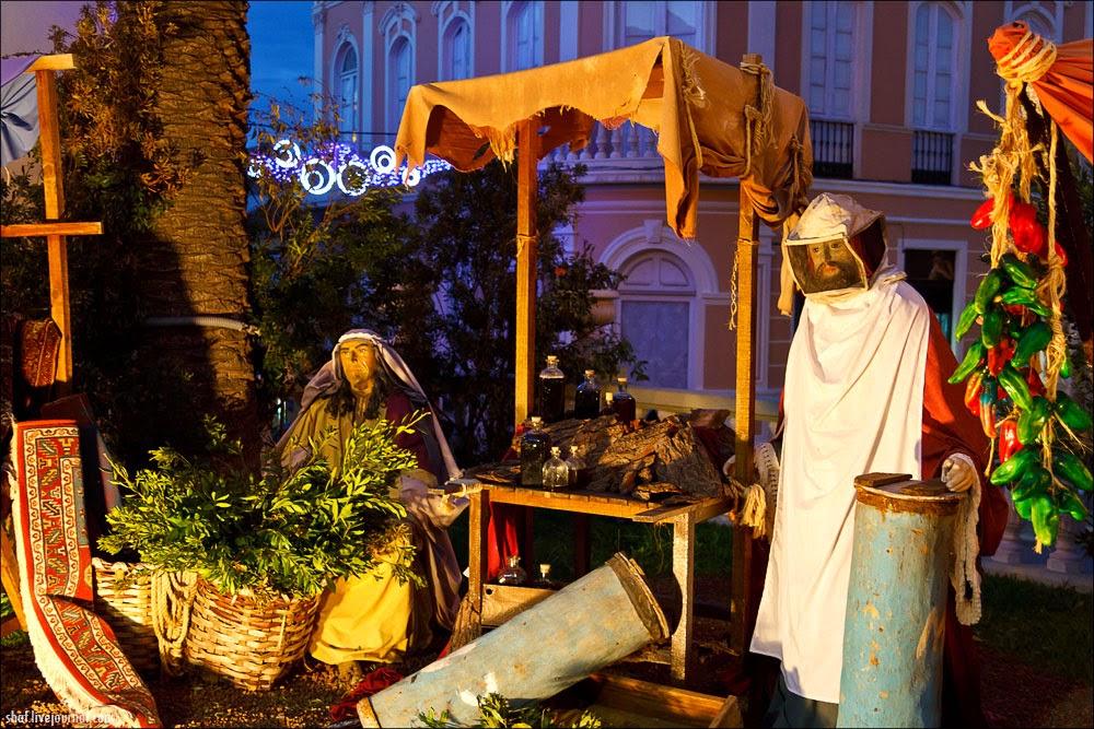 http://lh5.googleusercontent.com/-pXMRl5qC9fQ/VII_MkIU2eI/AAAAAAAALrI/48ExnkMOOfE/s1600/20121219-193845_Tenerife_La_Orotava_Betlem.jpg