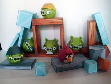 Angry Birds Pigs Papercraft