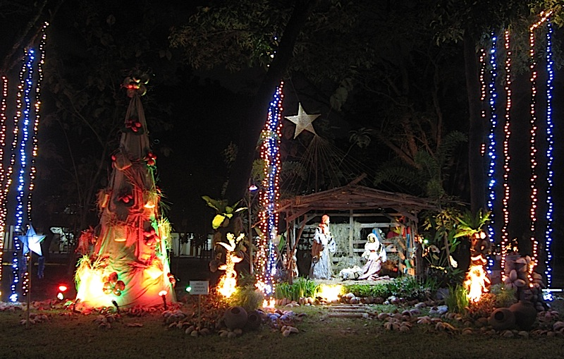 Christmas Park of the Ateneo High School parents