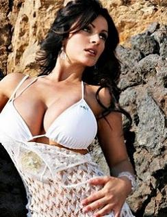 Denise Milani Hot Photos, Sexy Denise Milani Pics, Wallpapers