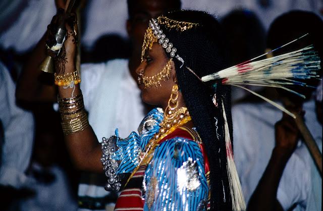 الزواج والافراح فى جيبوتى تتناغم العادات العربية والافريقية (( صور ))Djibouti  020%252520Mariage%252520afars%252520decembre%2525201990