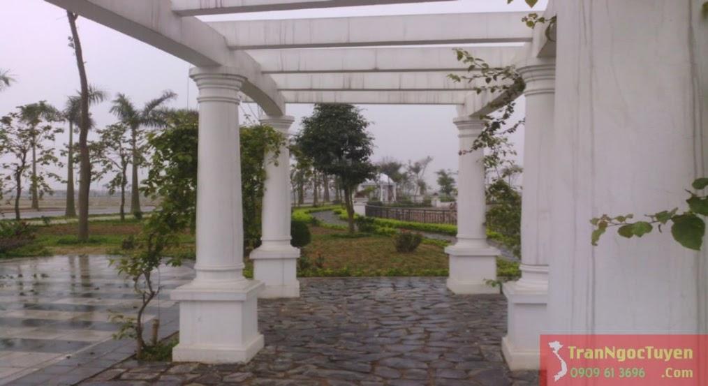Đường dạo quanh hồ điều hòa khu biệt thự Vườn Cam Vinapol