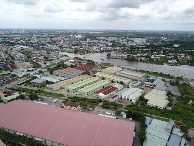 Tuy khu đô thị không ngập, nhưng các vùng xung quanh lại nhiều nguy cơ