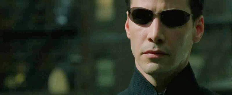 Screen Shot Of Hollywood Movie The Matrix Reloaded (2003) In Hindi English Full Movie Free Download And Watch Online at Alldownloads4u.Com