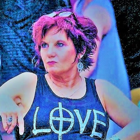 Gail Phoenix