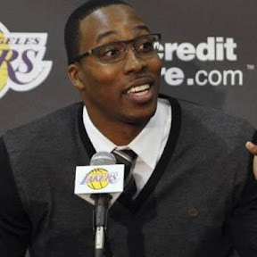 Dwight Howard debutta con i Lakers