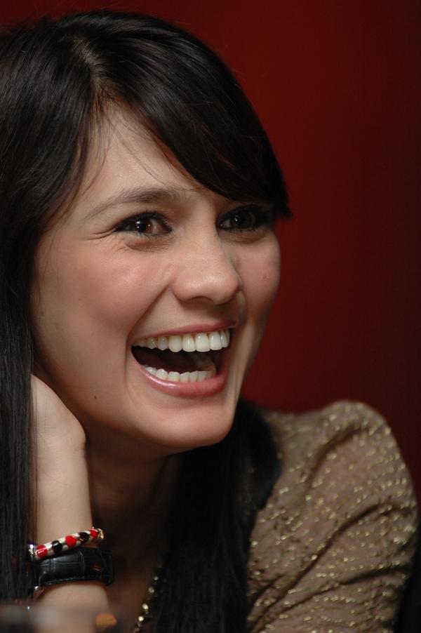 luna maya artis cantik dianggab berperan sebagai pelaku film ngentot