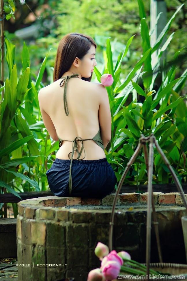 Sen muộn - Linh Napie