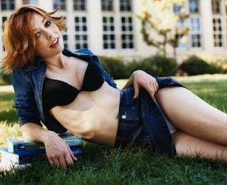 High quality gallery of Alyson Hannigan pictures