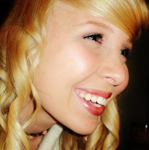 Lea Edwards