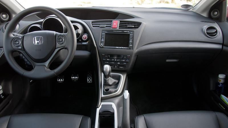 Honda Civic 2011 beltér