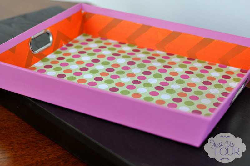 Upcycled Paper Tray with Paper