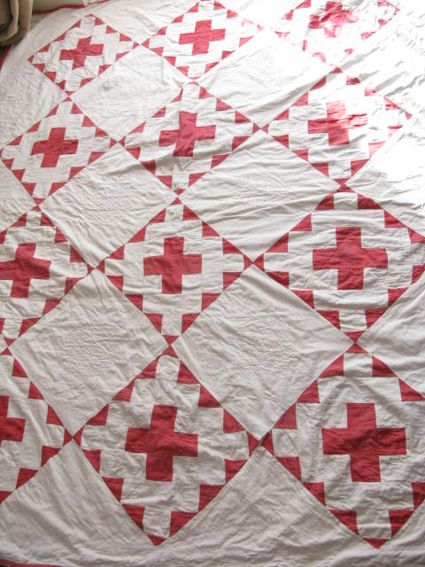 Chaotic Quilter Red And White Quilts