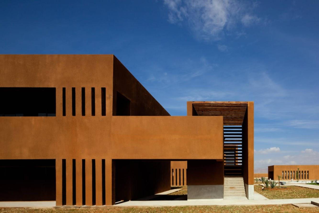 Guelmim, Marocco: Guelmim Technology School by El Kabbaj, Kettani, Amine Siana
