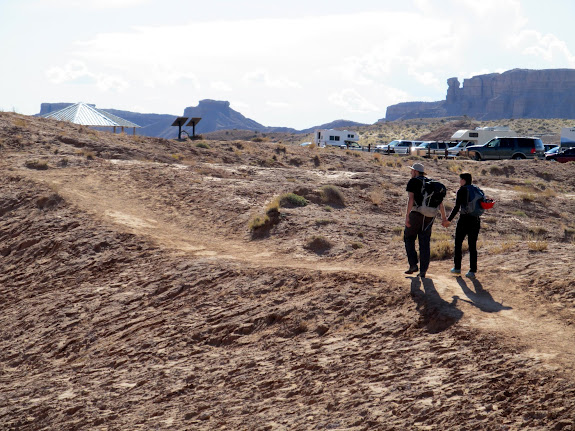Almost back to the Goblin Valley parking lot