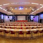 Velký sál při školním uspořádání v řadách
