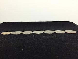 500円玉より少しだけ大きいコイン達 サイド