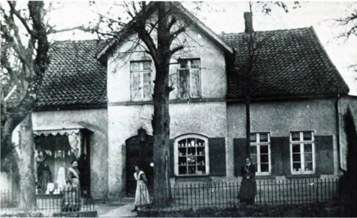 Kaufhaus Tegeler in Kirchheide um 1912.
