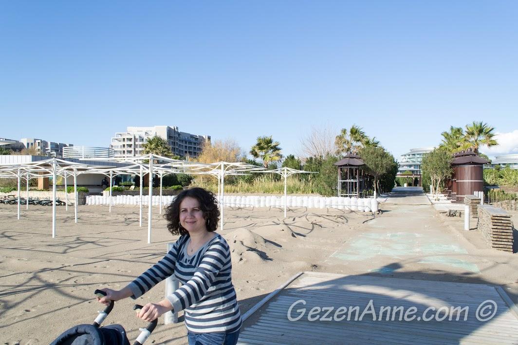 Bir kış günü Antalya sahilinde, Calista Otel
