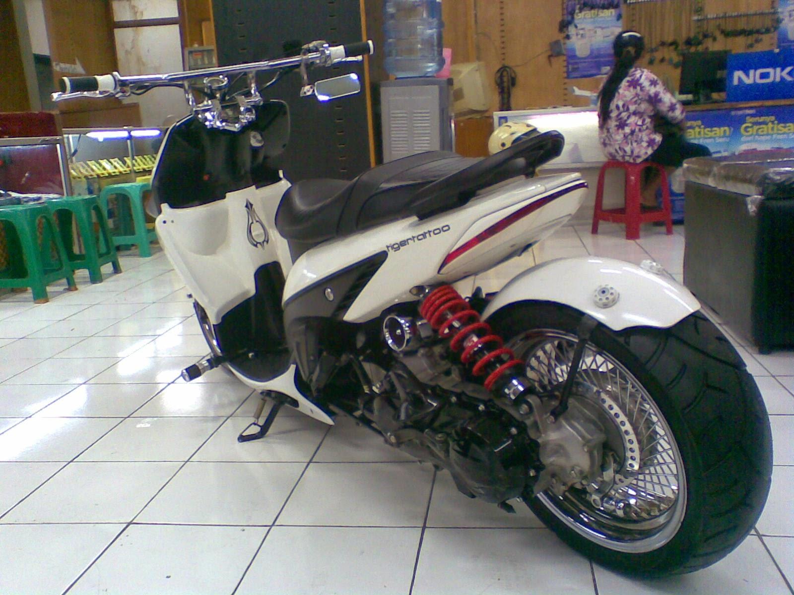 modifikasi motor vario cw