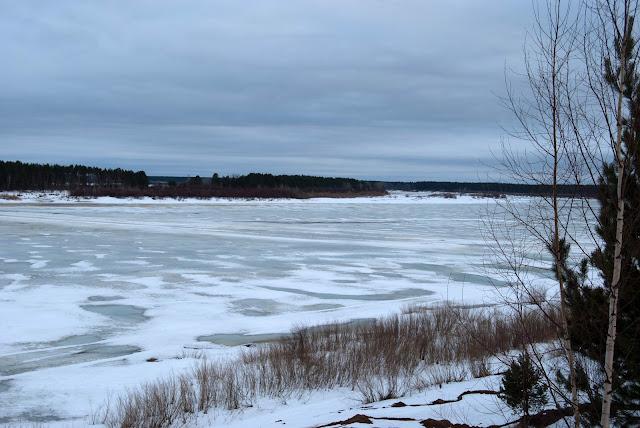 Река Вятка перед ледоходом