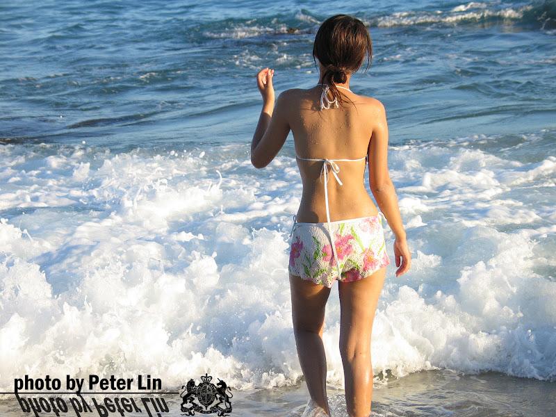 陽光 x 海灘 x 比基尼美背 [一張流]