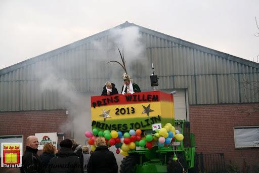 presentatie jeugd carnavalswagen 09-02-2013 (33).JPG