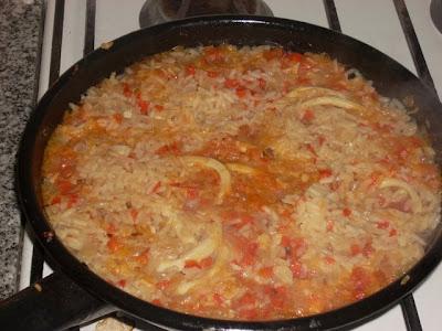 cuando el arroz se ve asi, probamos. Ya debería estar ;)