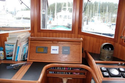 Pilothouse%252520Inside%252520Forward%252520Jan%2525202012.jpg