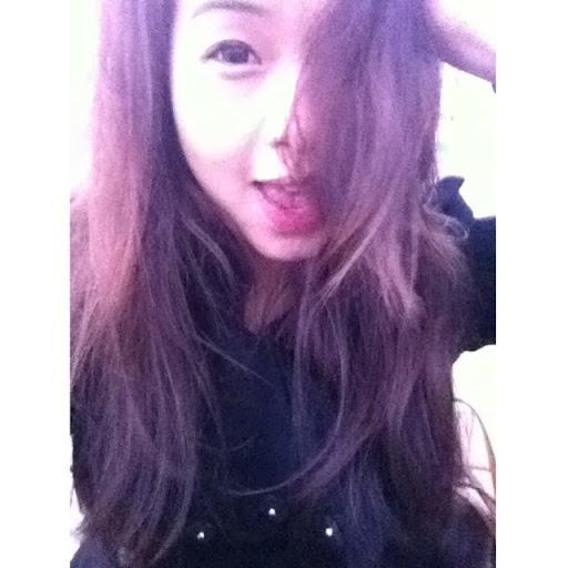Karen Yao Photo 17