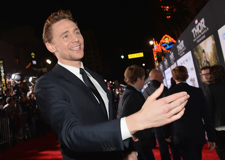 Tom Hiddleston Walks the Thor: The Dark World Red Carpet #ThorDarkWorldEvent #FreeLoki