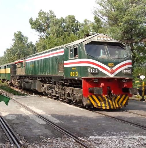 <b>Pakistan</b> Rail Buff!