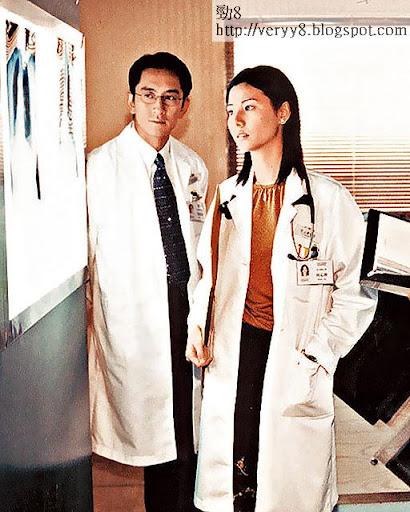 2000年,蒙嘉慧與吳啟華合演《妙手仁心》,甚受歡迎。