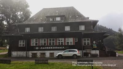 Na zdjęciu Schronisko PTTK Andrzejówka