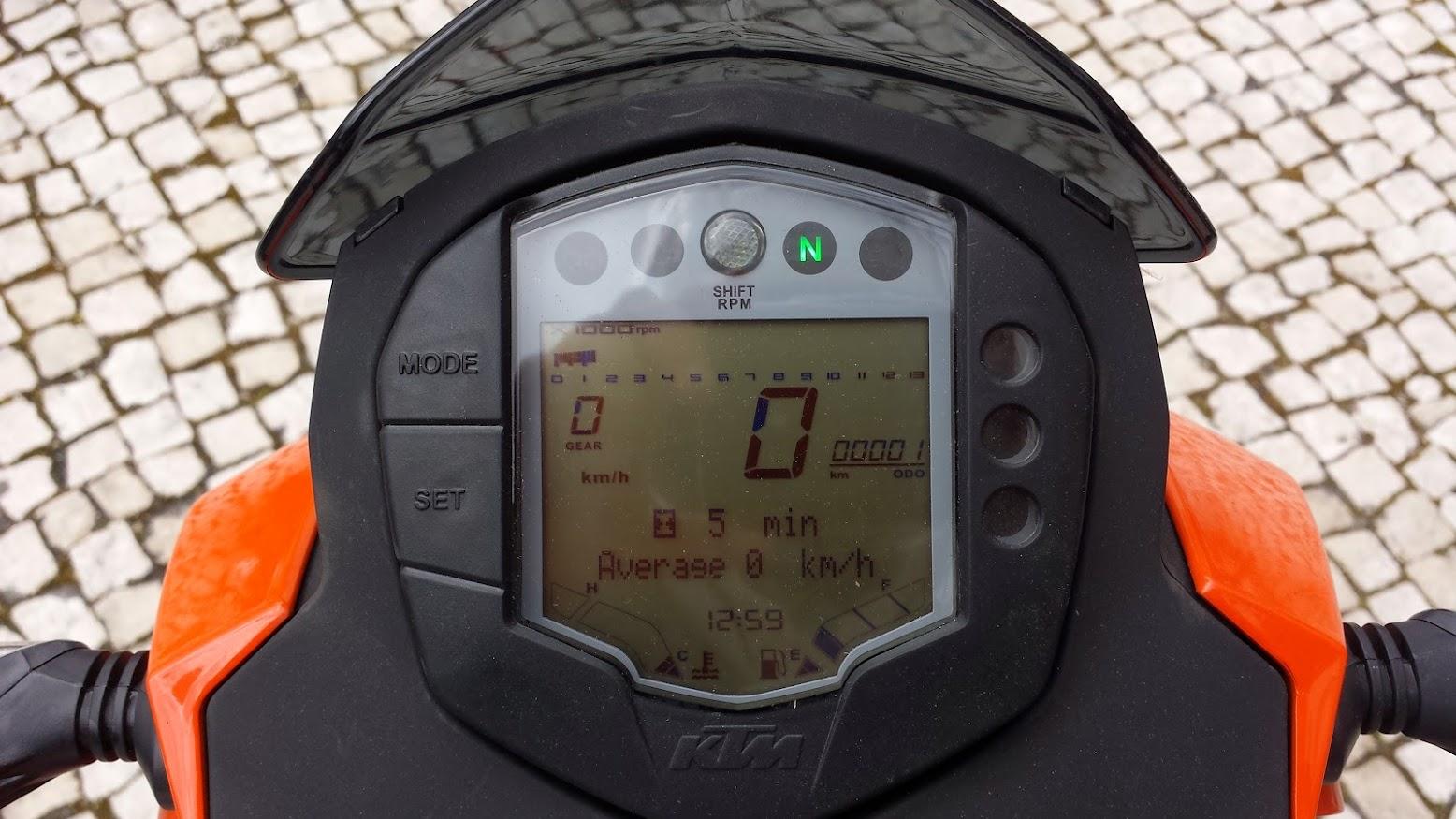 KTM Duke 125 ABS - Leiria 20140322_130039