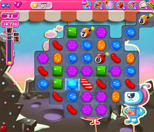 Candy Crush Saga App voor Android, iPhone en iPad - afbeelding bommen in Candy Crush Saga