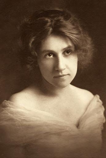 Leola Lewis