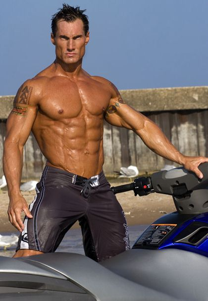 Sean Royer - Hot Male Bodybuilder Fitness Model