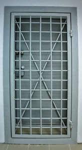 Двери стальные для банка в СПб