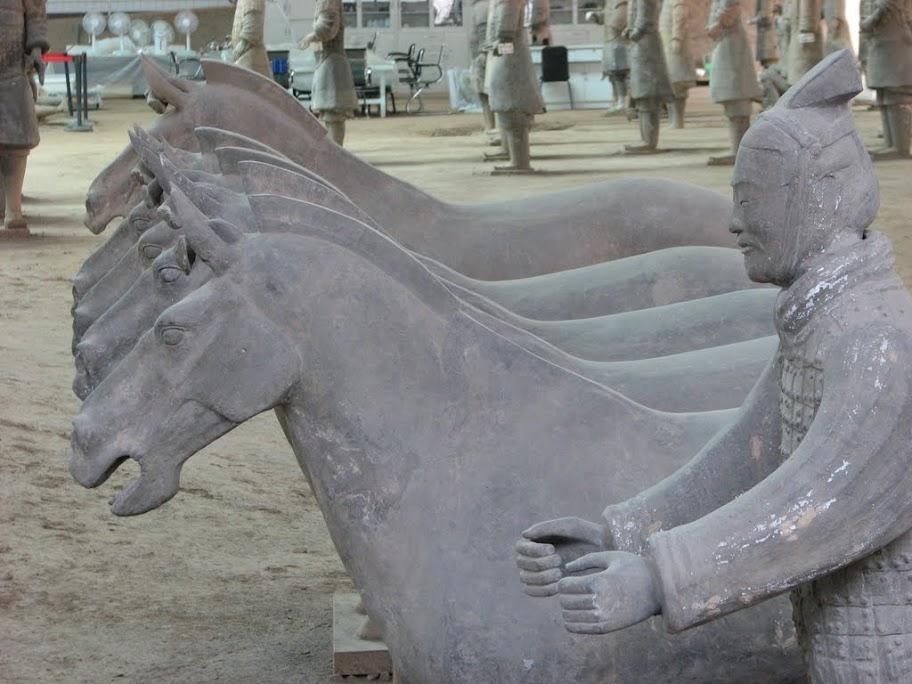 Soldat et ânes.