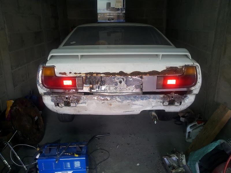 [MAZDA 121]Restauration Mazda 121 1977 - Page 5 20120408_173322