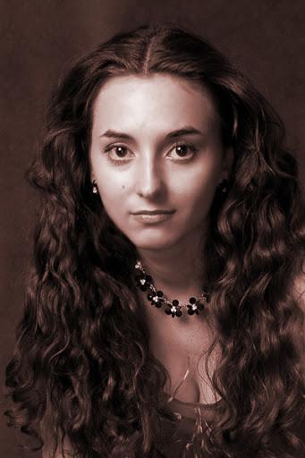 профессиональная актриса москва
